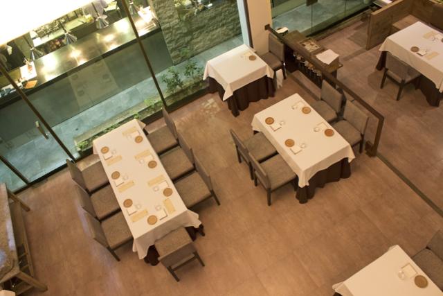 Dining Room - Salón (g)